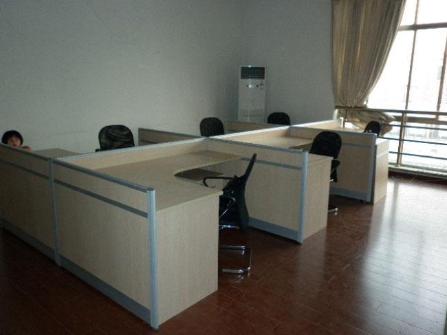 成功客户案例:天津和平河川大厦---小户型办公室一角